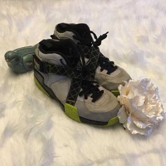 Men s Nike Air Raid – Wolf Grey   Pure Plat 10.5. M 5a85e72bb7f72b4d4a366a58 b2cfd5e65d6b